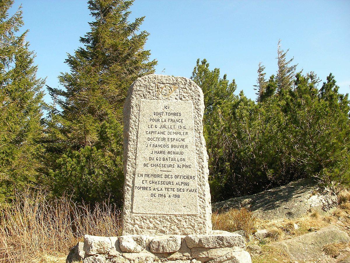 Monument d hommage aux morts t te des faux